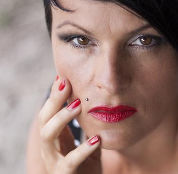 Piercing de lèvre monroe